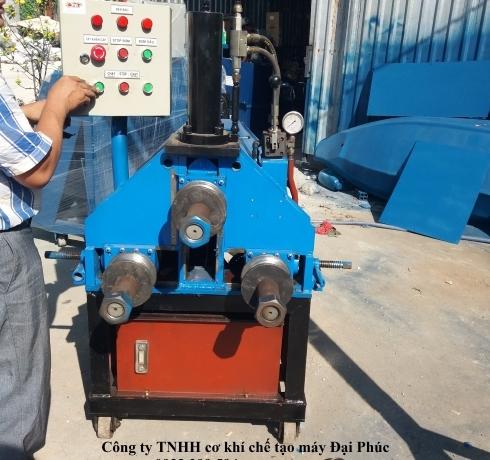 máy uốn ống tự động