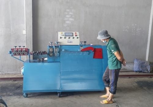 Máy bẻ đai thế hệ mới giao tại Hà Giang