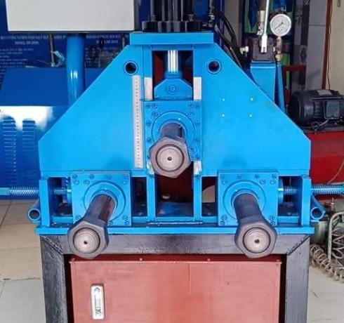 Máy uốn ống dạng thủy lực 3 trục
